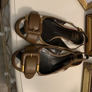 Burberry slingback flats with dust bag
